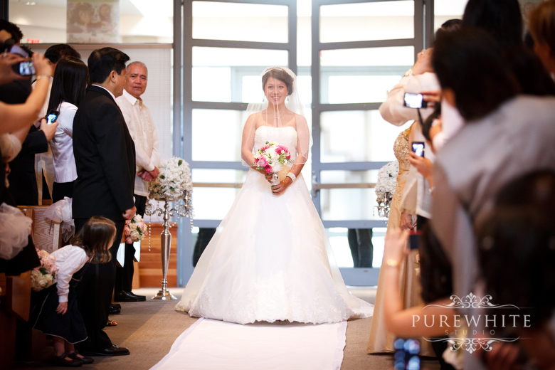 st_Matthews_parish_ceremony_surrey_wedding007.jpg