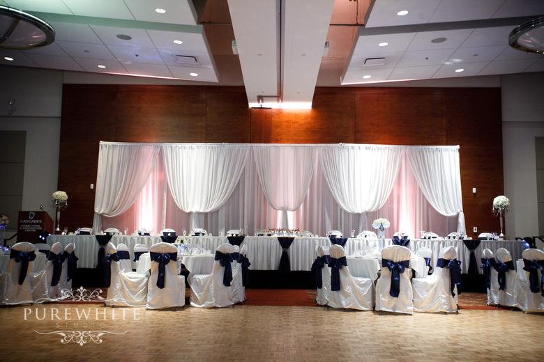 Coast_Hotel_convention_centre_wedding_reception002.jpg