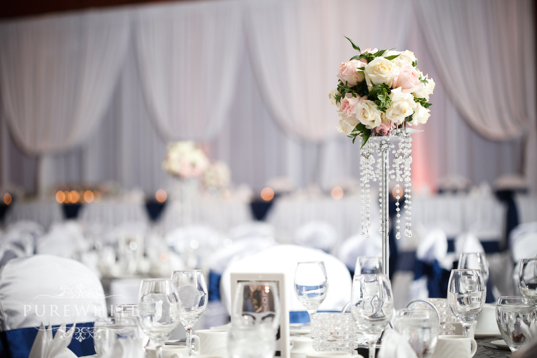 Coast_Hotel_convention_centre_wedding_reception004.jpg