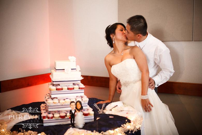 Coast_Hotel_convention_centre_wedding_reception027.jpg