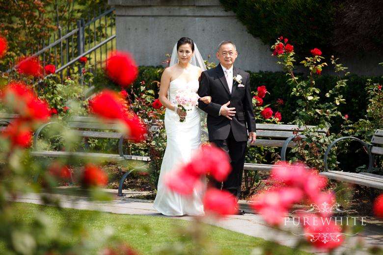 ubc_botanical_rose_garden_wedding_ceremony001.jpg