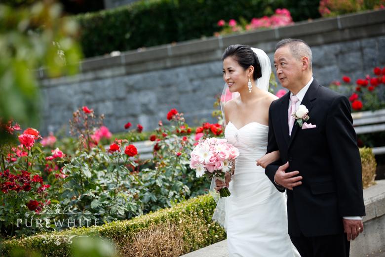 ubc_botanical_rose_garden_wedding_ceremony007.jpg