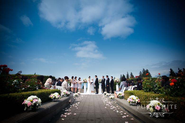 ubc_botanical_rose_garden_wedding_ceremony003.jpg