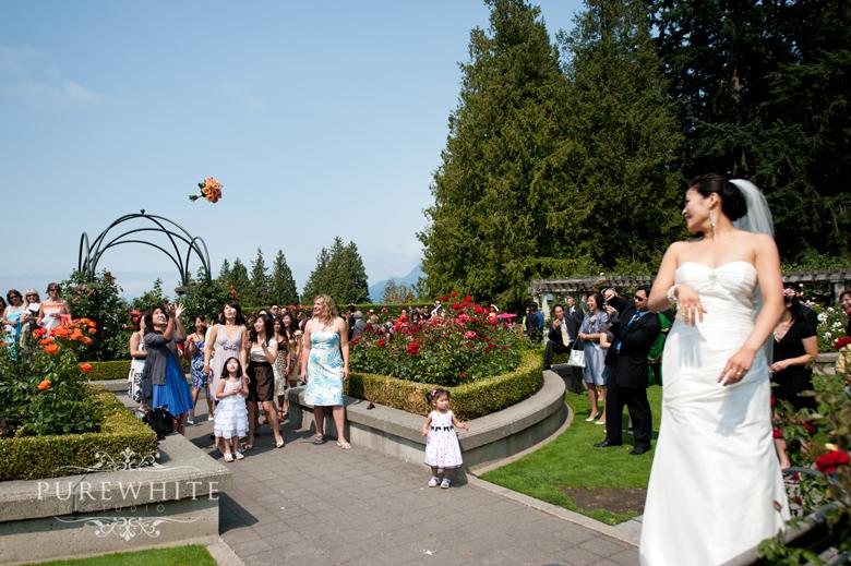 ubc_botanical_rose_garden_wedding_ceremony006.jpg