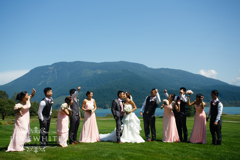 Rowenas_Inn_on_the_River_ceremony_reception_wedding040.jpg