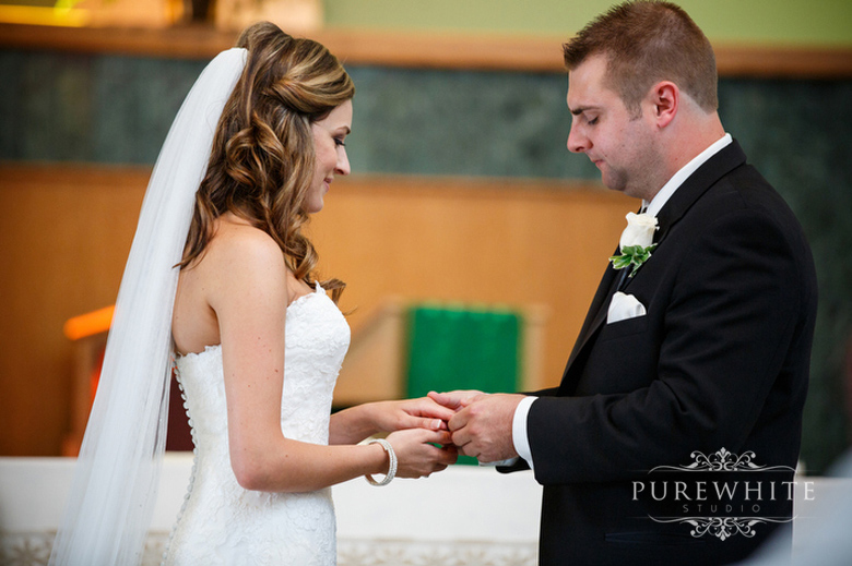 our_lady_of_sorrows_wedding_ceremony006.jpg