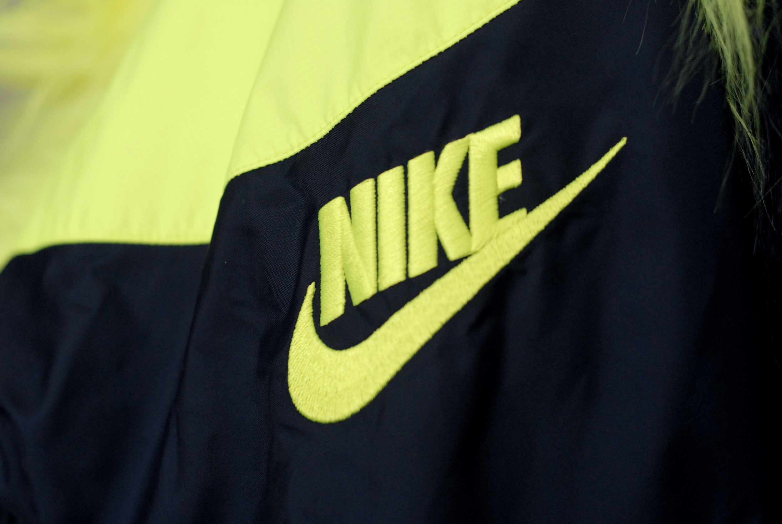 meganannwilson-shegotgame-shegotstyle-nikelab-sacai-windrunner-nike-sportswear-fur1.JPG