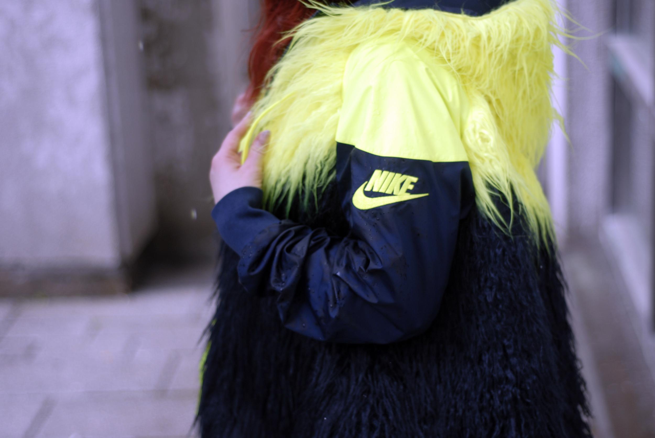 meganannwilson-shegotgame-shegotstyle-nikelab-sacai-windrunner-nike-sportswear-fur7.JPG
