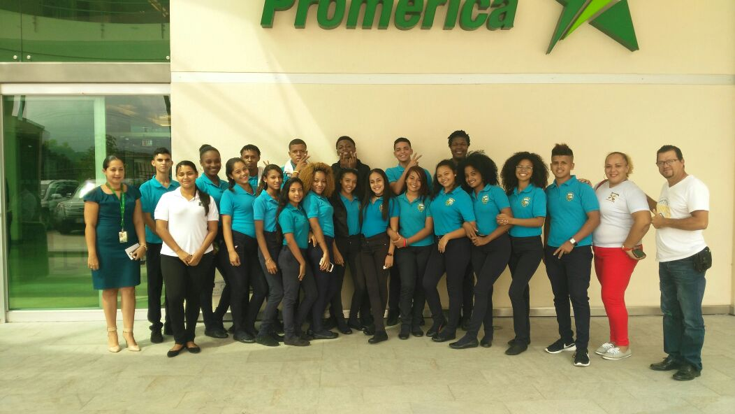 Gira Vocacional Promerica - Liceo Pacuare.jpg