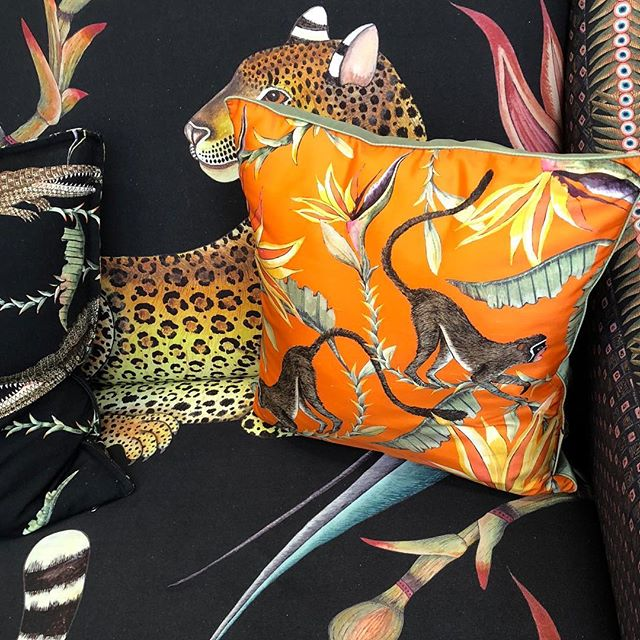 There is something quite charming about animal prints and products @patrickmavros 🐒🐘🦒