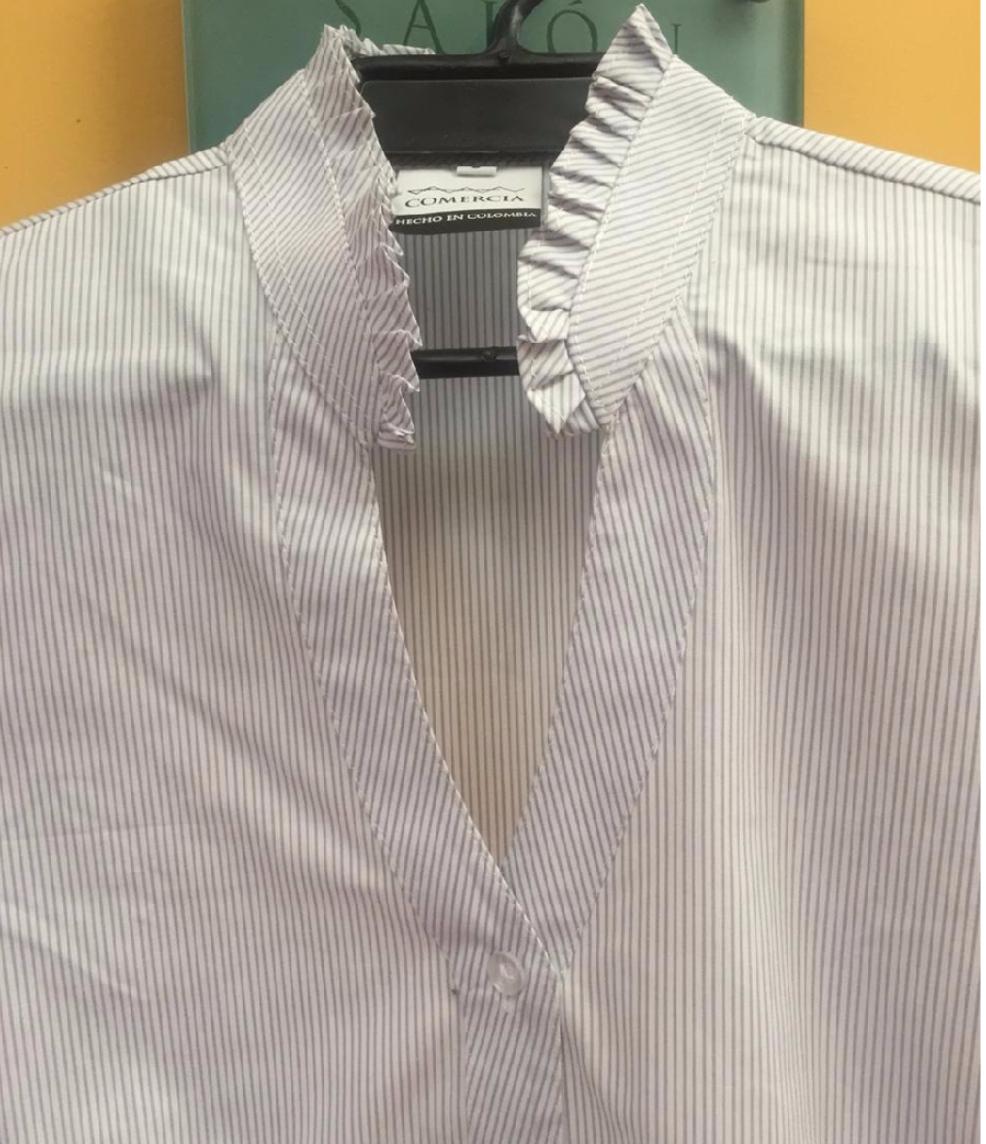 Blusa Cuello Prensado