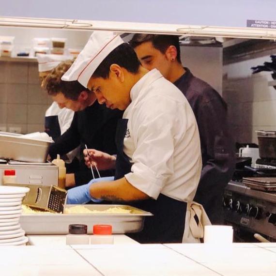 Tacos MX: Dotaciones Uniformes Cocina