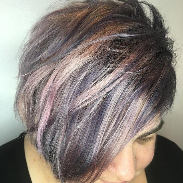 #metallic #haircolor for @mayaazulcollins ! #silverhair #silverhaircolor #pastelhair #shorthair #asymmetricalbob #texturedhair #rosegoldhair #guytang #randco #starbabystudioalameda