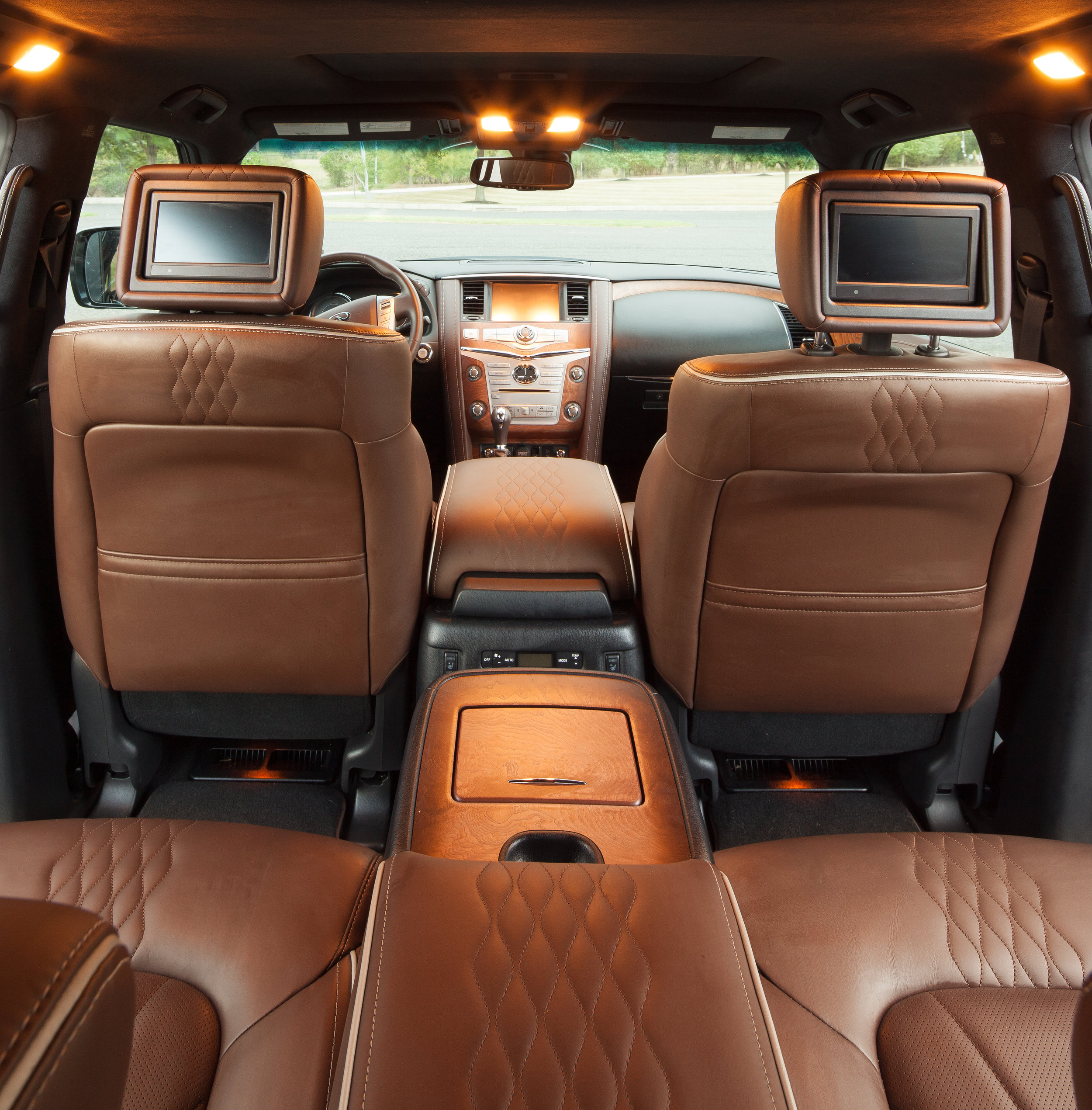 Infiniti QX80 – Kevin Smith Transportation Group