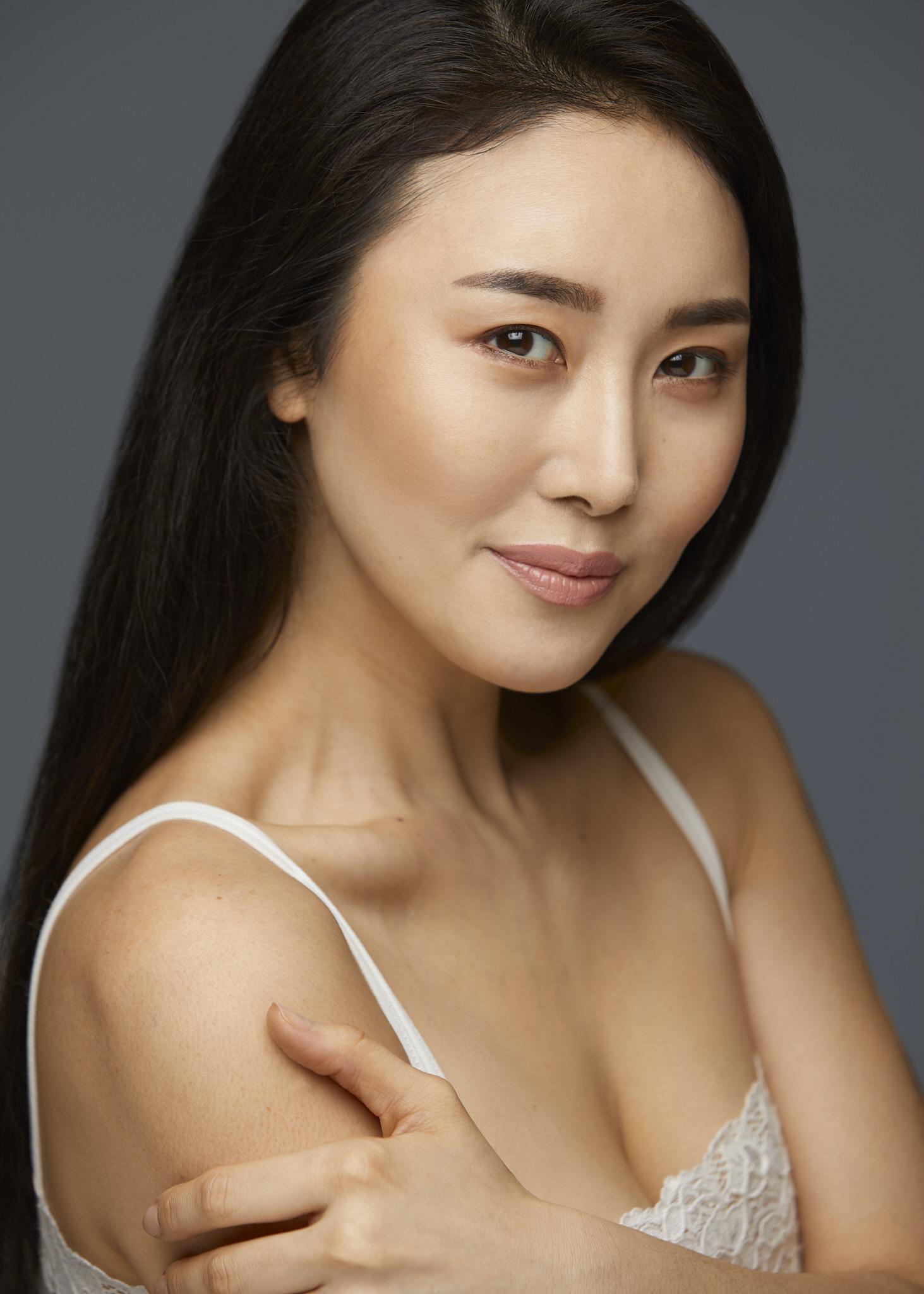 Eunni Cho_2018-04-25_0058_2048px_AdobeRGB.jpg