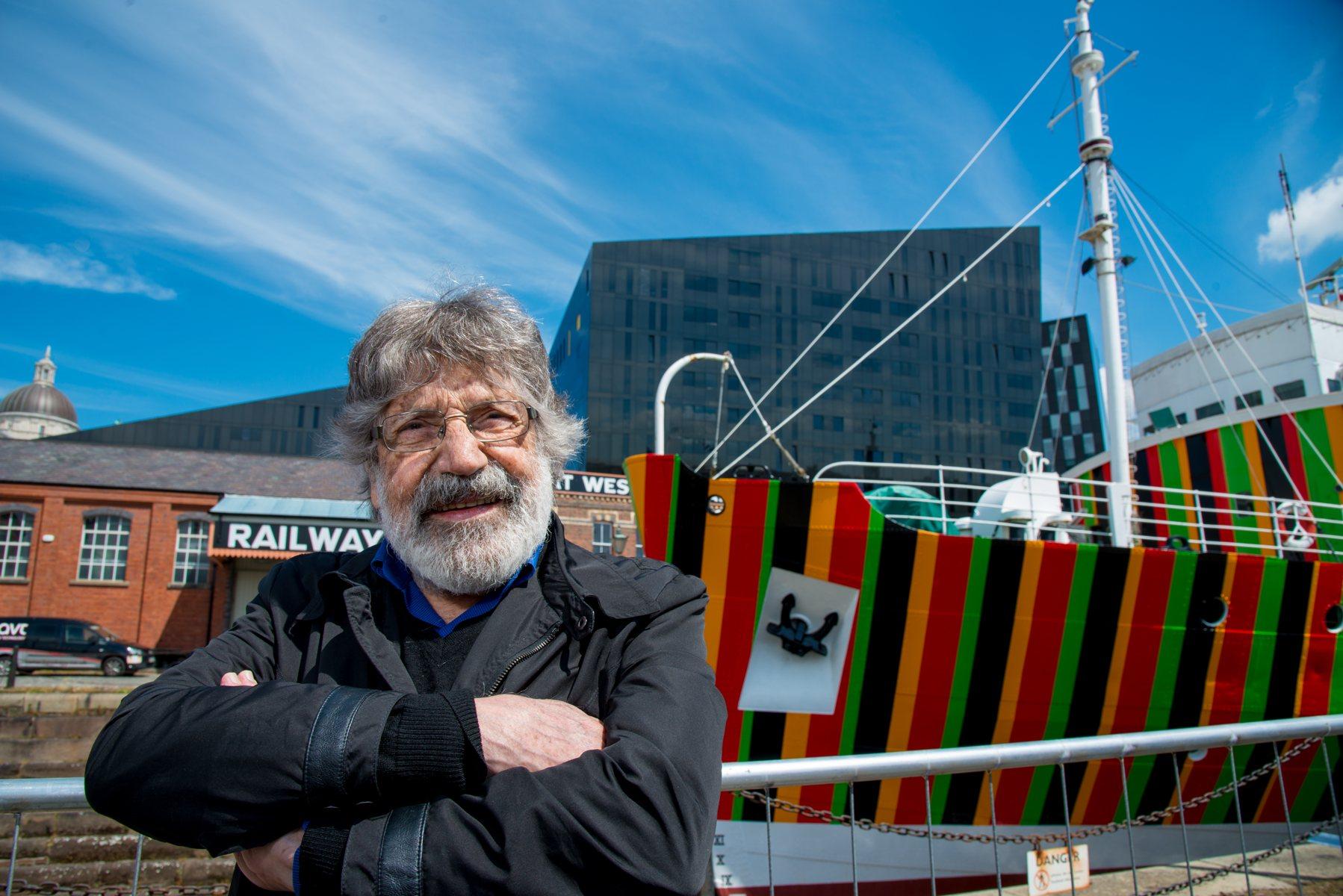 Carlos Cruz-Diez, Induction Chromatique à Double Fréquence pour l'Edmund Gardner Ship / Liverpool. Paris, 2014. Photograph by Mark McNulty