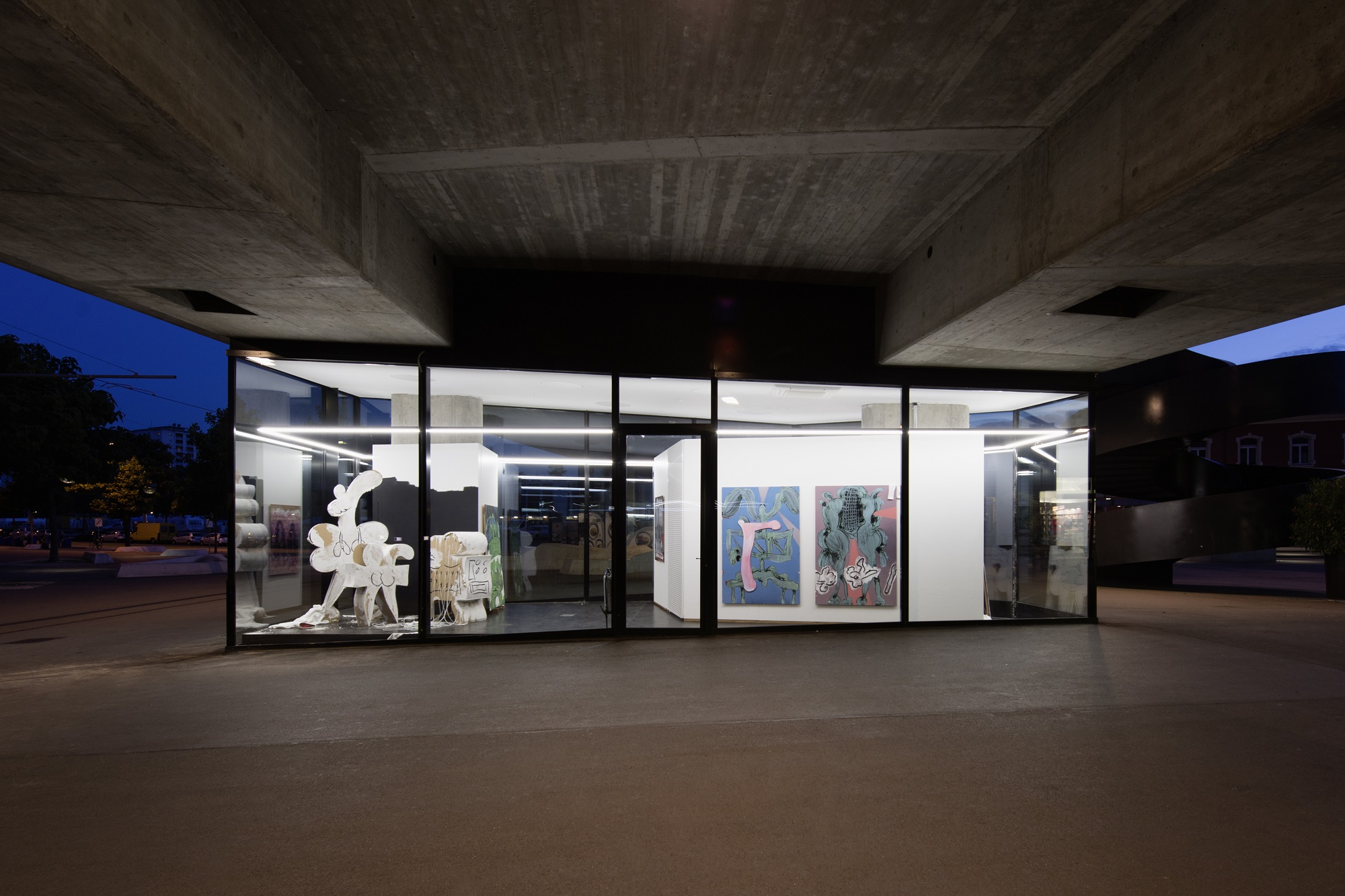 Image Credit: Edwin Burdis, AutoLaque, 2016, Installation view, VITRINE, Basel. Courtesy VITRINE. Photographer Nici Jost.