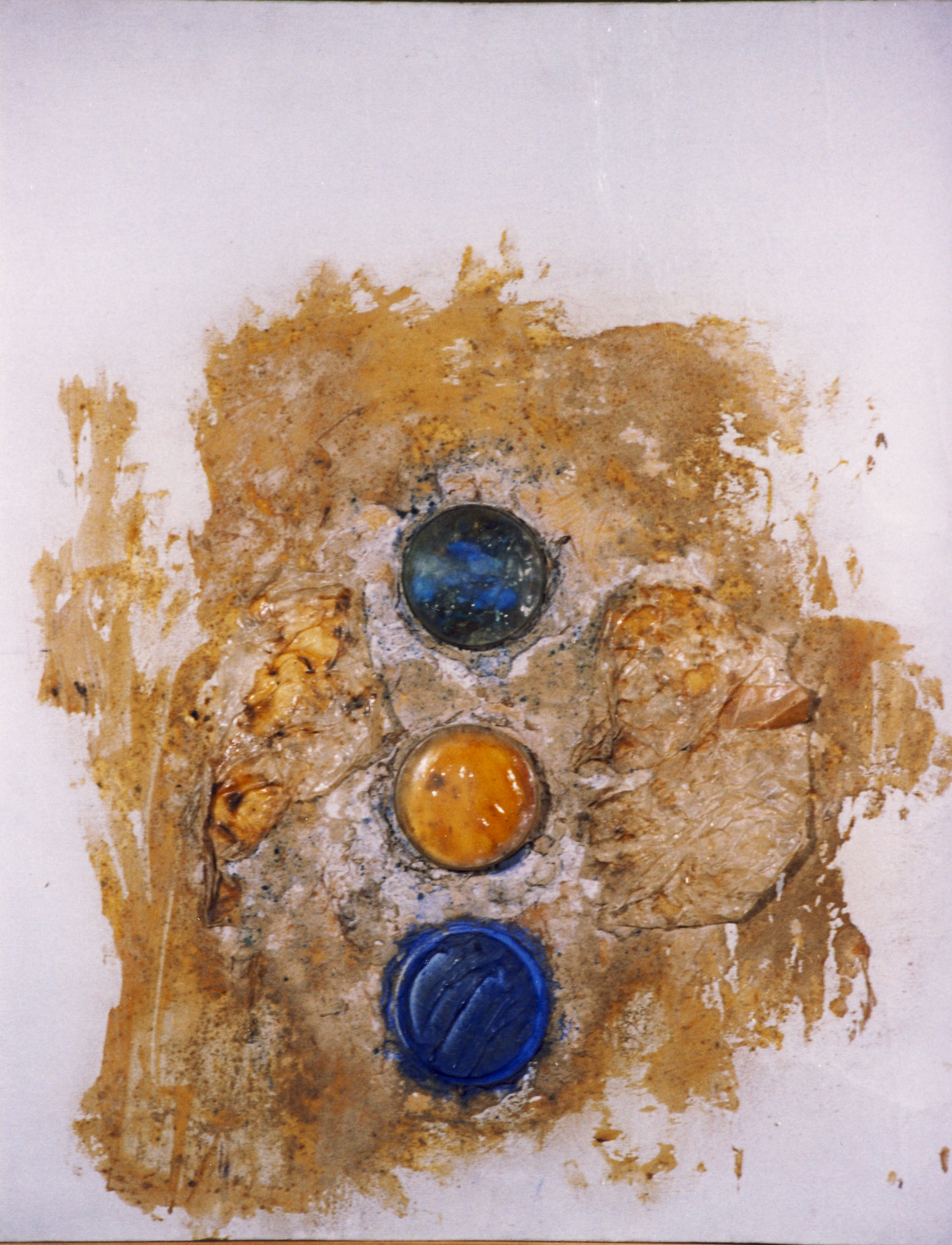 "Tre reliquie, dalla serie ""Oggetto come storia"", 1970, polimaterico su tela, cm 80 x 65   Tre reliquie, from the series ""Oggetto come storia"", 1970, mixed media on canvas, cm 80 x 65"
