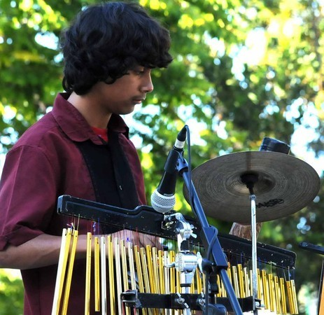 Isaac performing at La Mesa Summer Concerts 2011