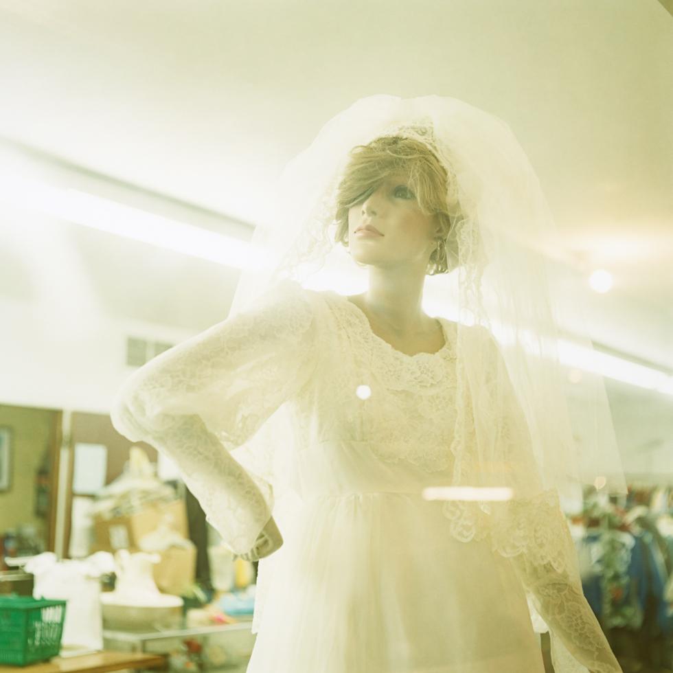 bride_f.jpg