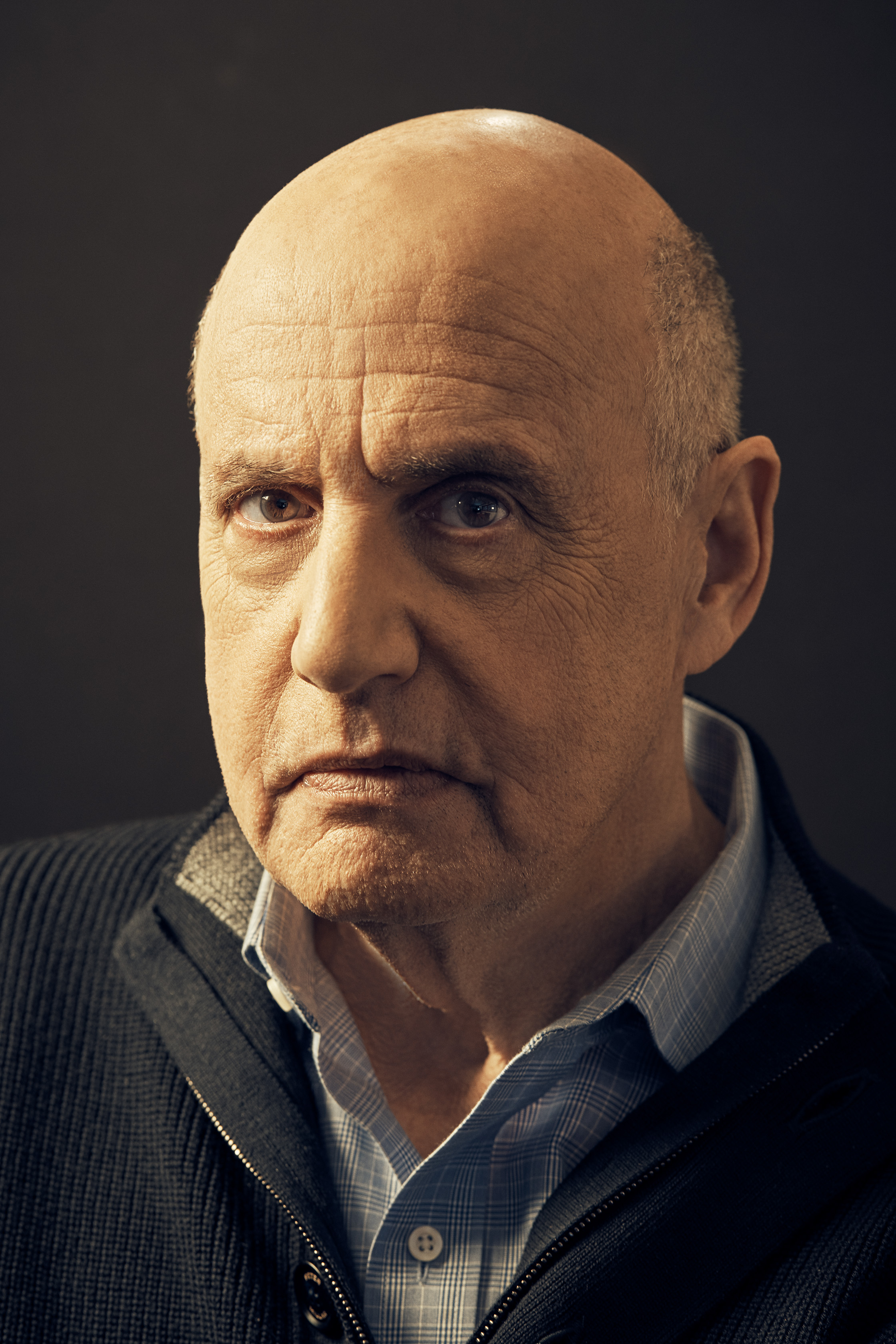 041618_HollywoodReporter_JeffreyTambor_BLACK BACKDROP_031-4.jpg