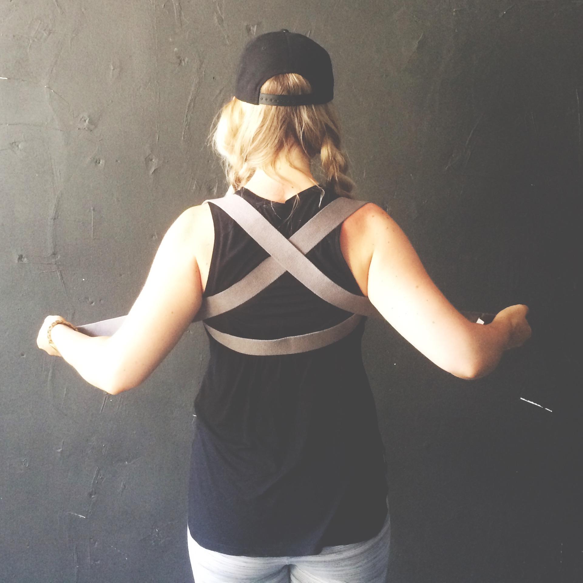 yoga strap tricks shoulder bind 4