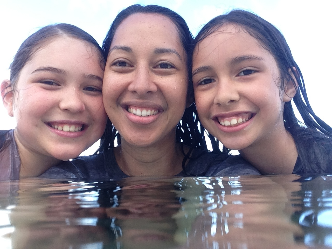 May 2014 (Saipan with my mommy Franicia and sister Pelaiah trying to be happy sometimes since we were there for my grandma Anicia's funeral 😢😭)