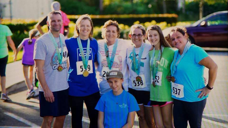 AND HERE WE ARE...THANKSGIVING 2015 - AFTER A 5K!!! YES, MY MAMA'S A WARRIOR! SHE'S THE 3RD FROM LEFT, STANDING.
