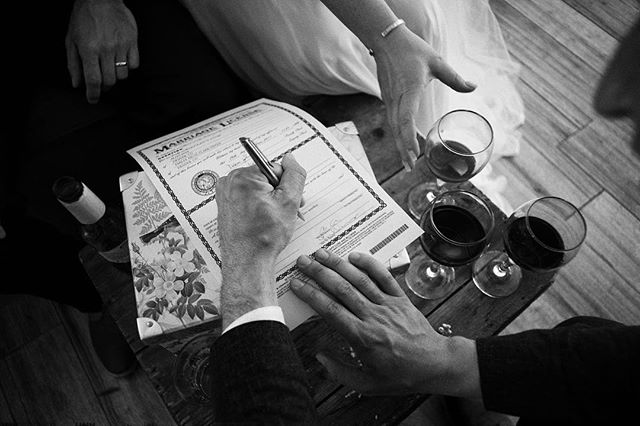 The important business of the day. . . . . . #dreamersdiary #marriages #leicalosers #25mm #bw #colorado #farmwedding