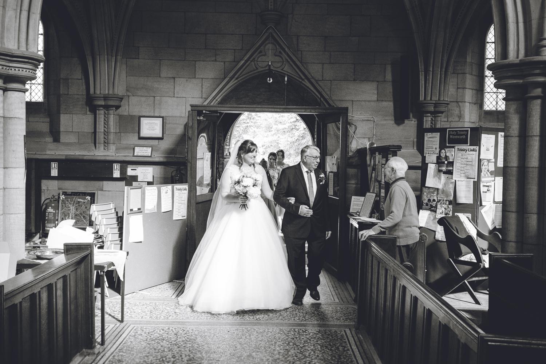 wetworth church, 3 acres wedding photography (16).jpg