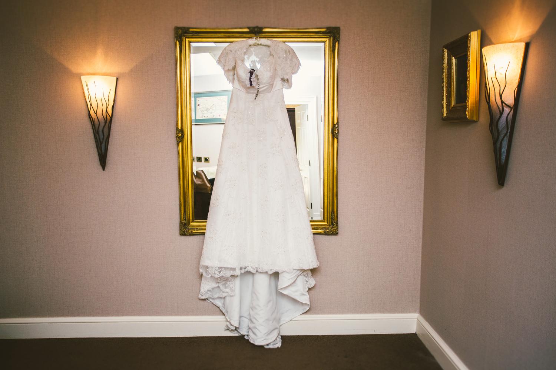 hazlewood castle wedding photographers (3).jpg