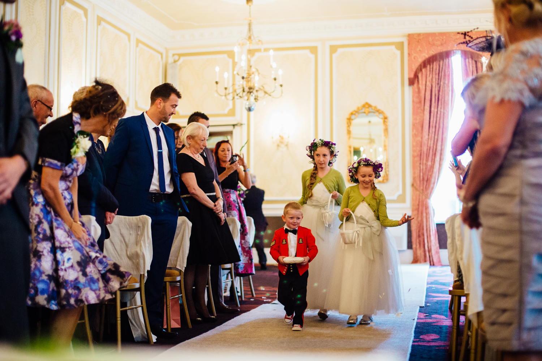 ringwood hall chesterfield wedding photography (40).jpg