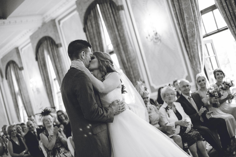 ringwood hall chesterfield wedding photography (46).jpg