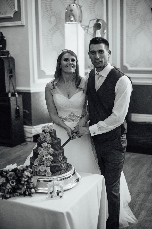 ringwood hall chesterfield wedding photography (69).jpg