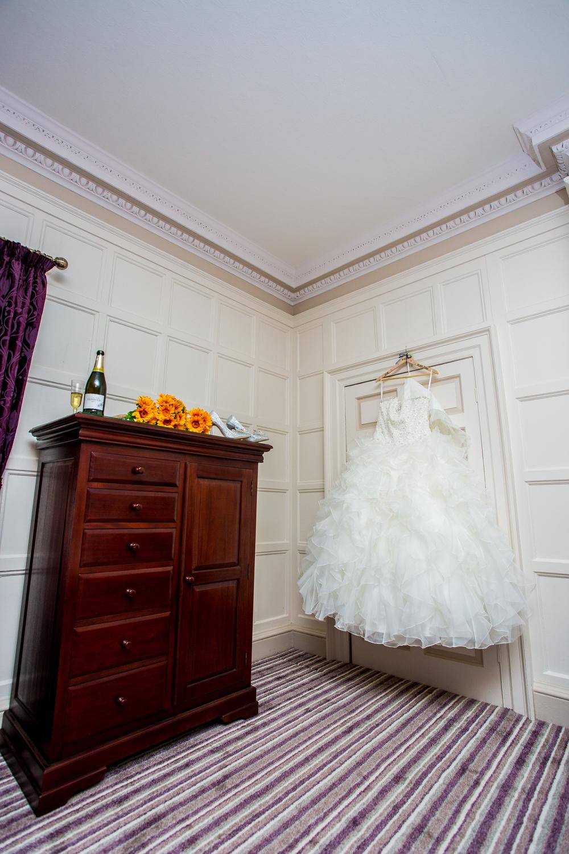 wortley hall sheffield wedding photographers (9).jpg