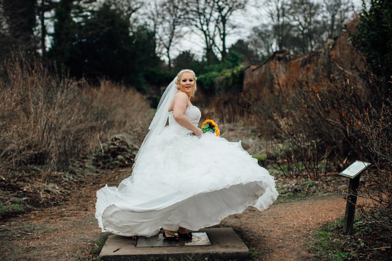 wortley hall sheffield wedding photographers (46).jpg