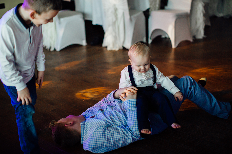 wortley hall sheffield wedding photographers (65).jpg