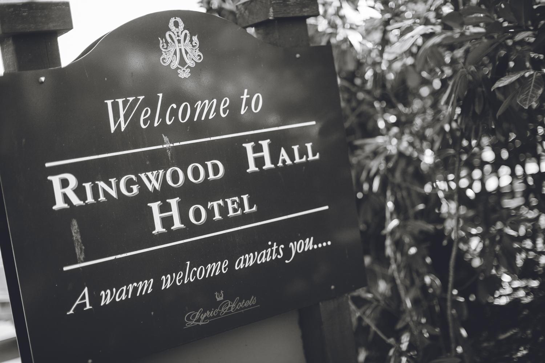 Ringwood Hall sheffield wedding photographers (1).jpg