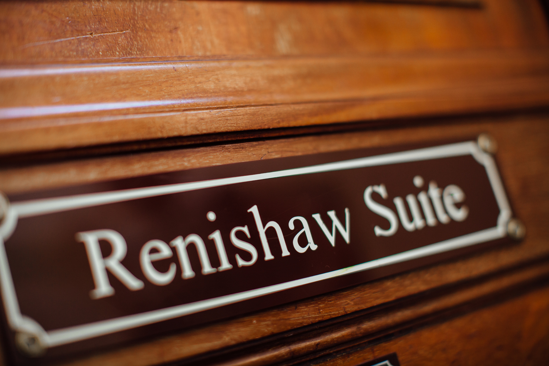 Ringwood Hall sheffield wedding photographers (4).jpg