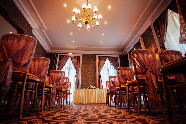 Ringwood Hall sheffield wedding photographers (11).jpg