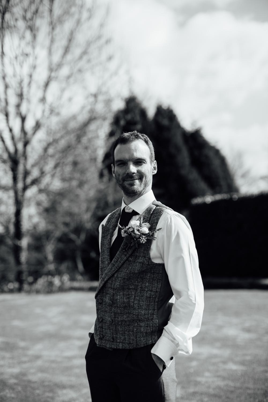Ringwood Hall sheffield wedding photographers (22).jpg