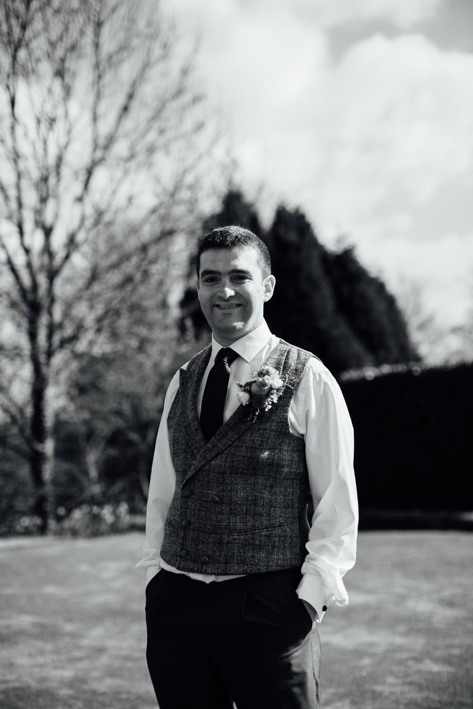 Ringwood Hall sheffield wedding photographers (23).jpg
