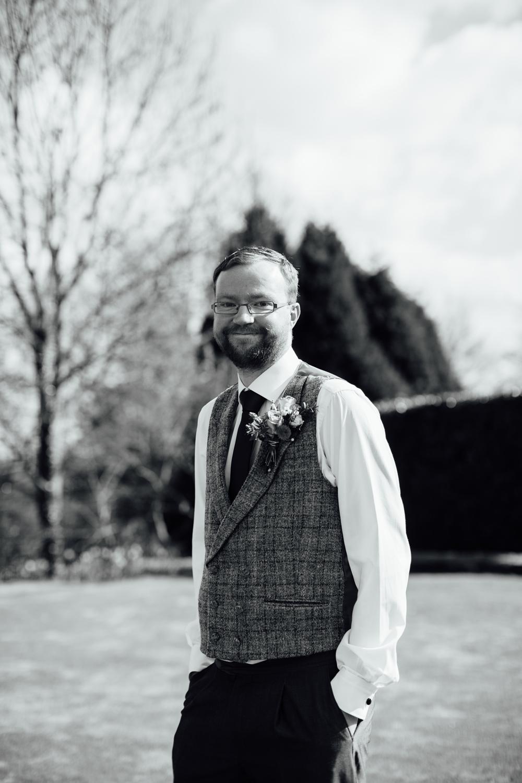 Ringwood Hall sheffield wedding photographers (25).jpg