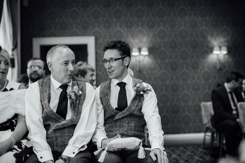 Ringwood Hall sheffield wedding photographers (32).jpg
