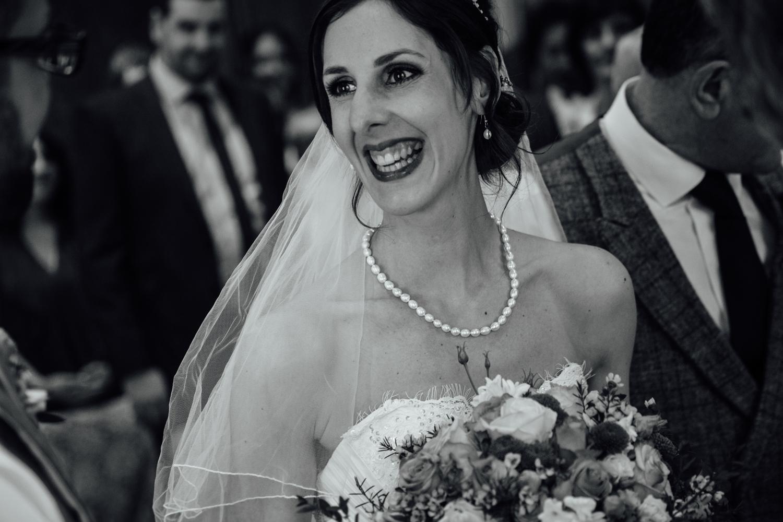 Ringwood Hall sheffield wedding photographers (37).jpg