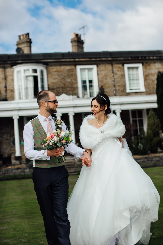 Ringwood Hall sheffield wedding photographers (43).jpg
