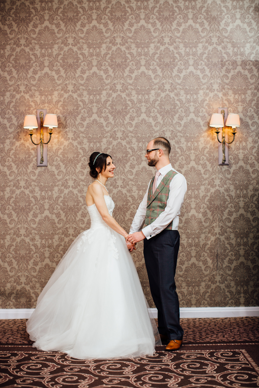 Ringwood Hall sheffield wedding photographers (63).jpg