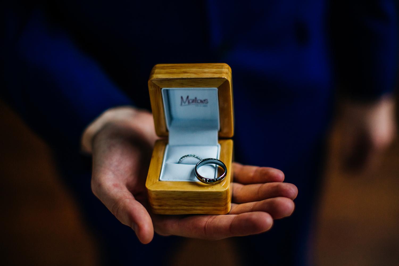 Mosborough Hall Wedding Photographers (16).jpg