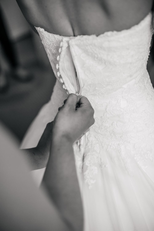 Mosborough Hall Wedding Photographers (27).jpg