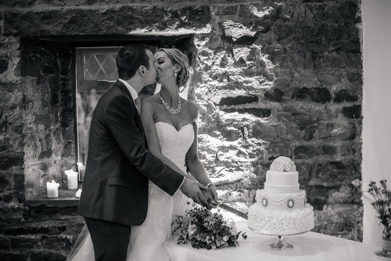 Mosborough Hall Wedding Photographers (106).jpg
